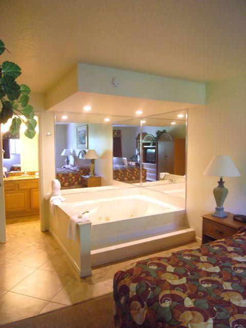 Master Bedroom Jacuzzi Tub